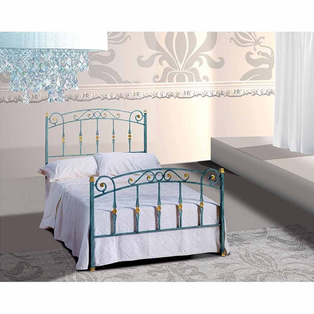 Una cama de plaza y media hierro forjado diamond for Cama de una plaza