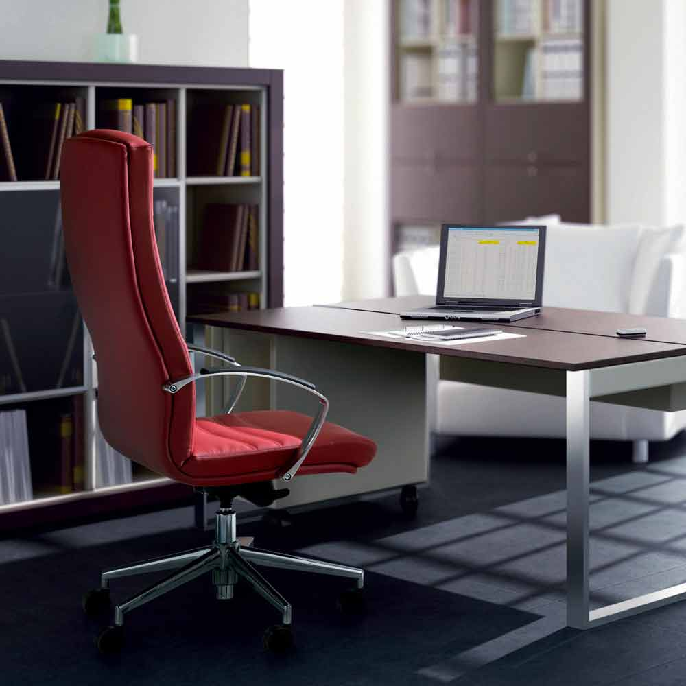 silla de oficina en madera de haya tapizado en piel de vaca tipo de ...