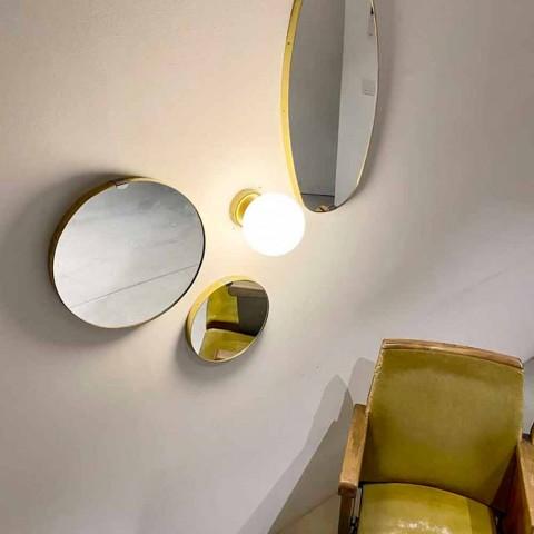 Aplique hecho a mano en latón y vidrio blanco como la leche Made in Italy - Grinta