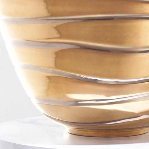 Marcello, una moderna encimera de gres porcelánico fabricada en Italia.