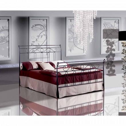 Una cama de plaza y media Hierro forjado Clavel