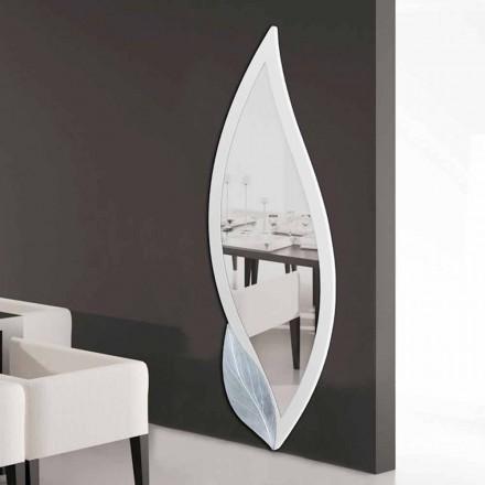 espejo de diseño en forma de pétalos de marfil y plata Ellen