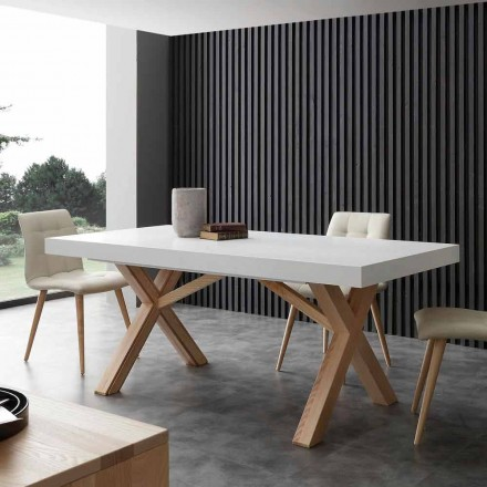 Mesa extensible blanca con estructura de madera natural Rico