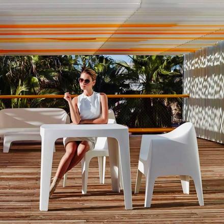 Mesa cuadrada para exteriores Solid de Vondom en polipropileno, diseño moderno