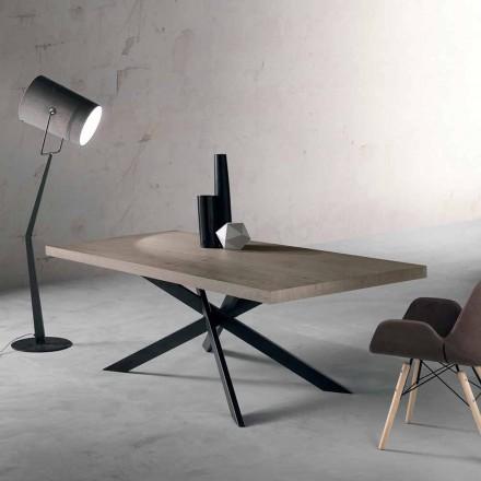 Mesa de comedor de diseño en roble y metal fabricada en Italia Oncino.