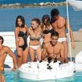 Bar flotante de diseño de ecopiel náutica y metacrilato